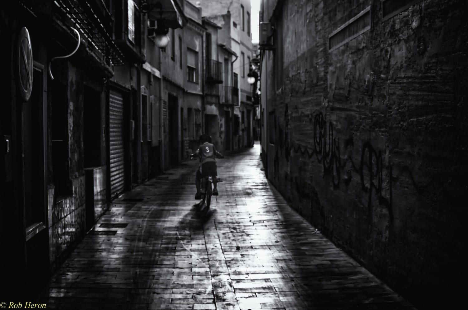 My Favourite Places To Shoot Street Photography
