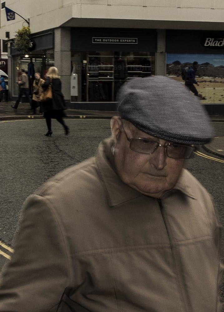 beige_pensioner-web