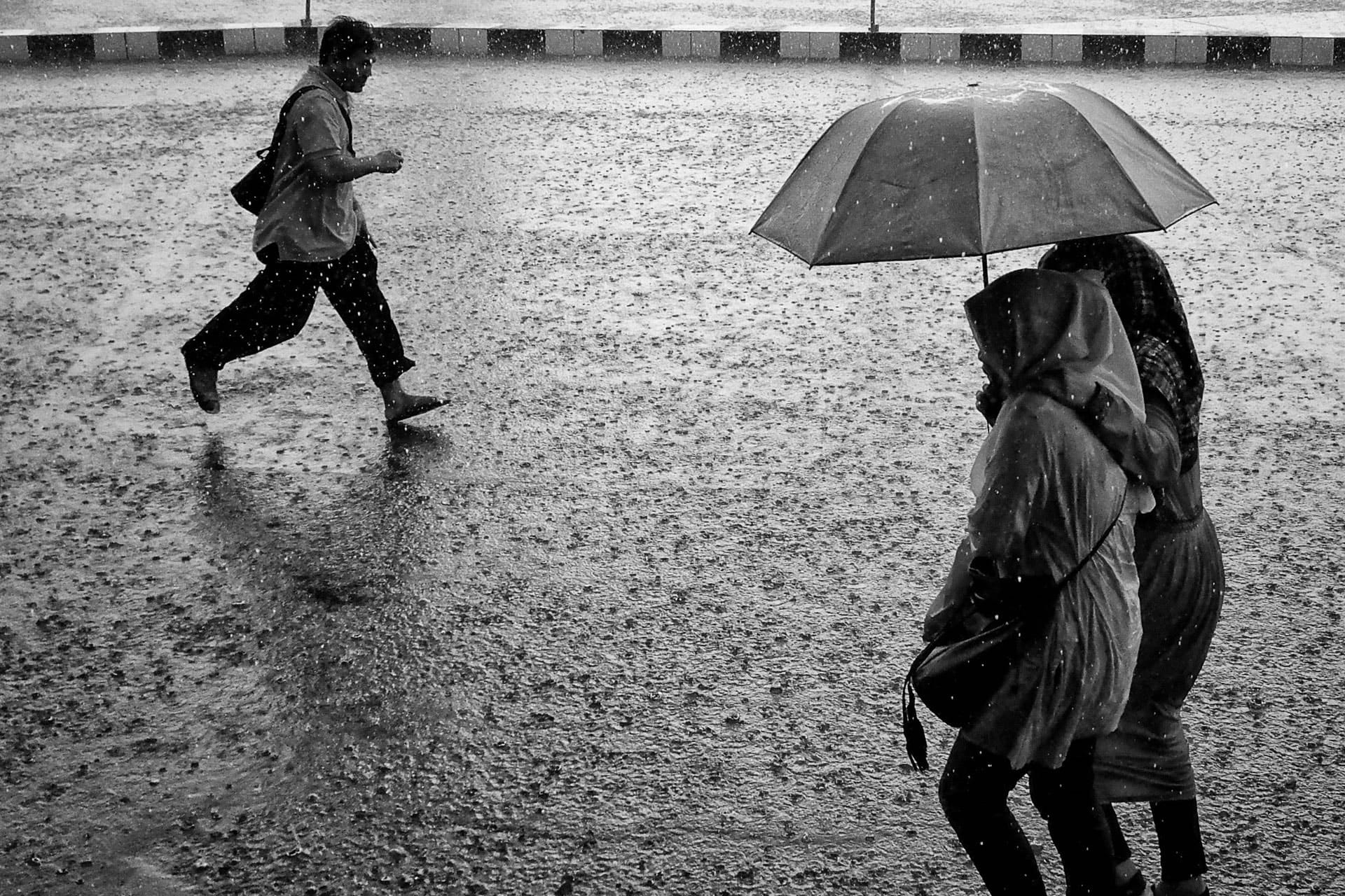 March 2018 Street Photography Contest Submissions - Rainy day
