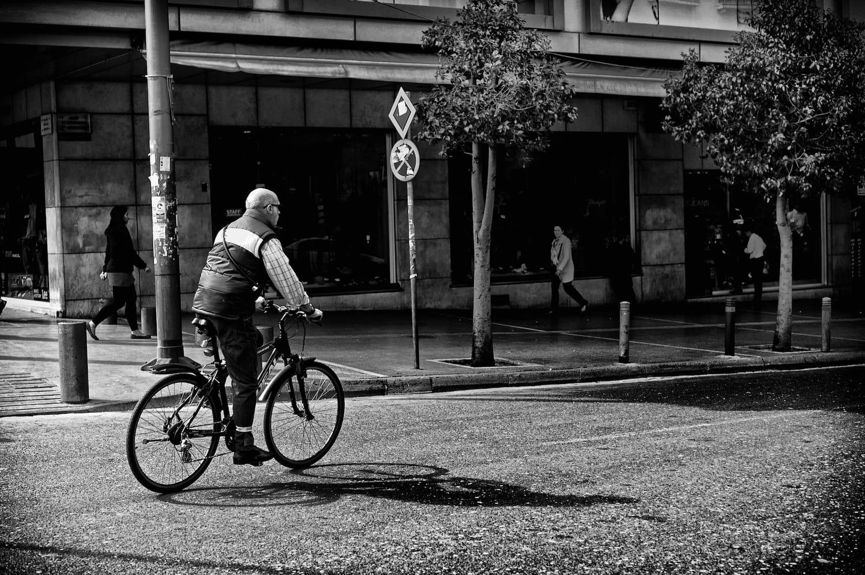 athens-down-town-cyclist-bw