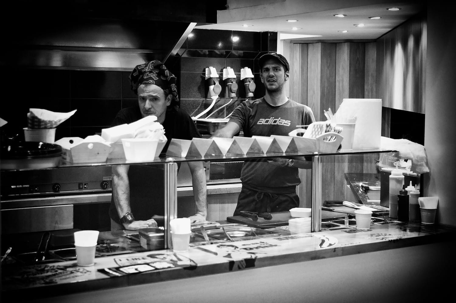 athens-the-burger-brothers-bw