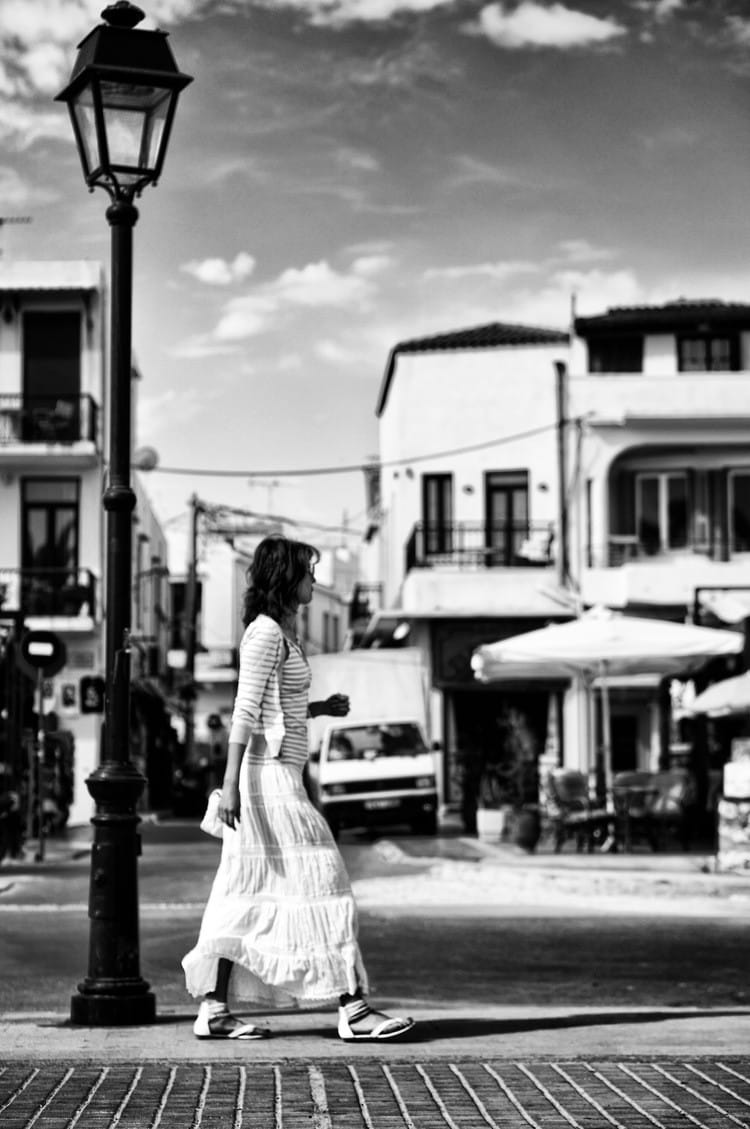lady-walking
