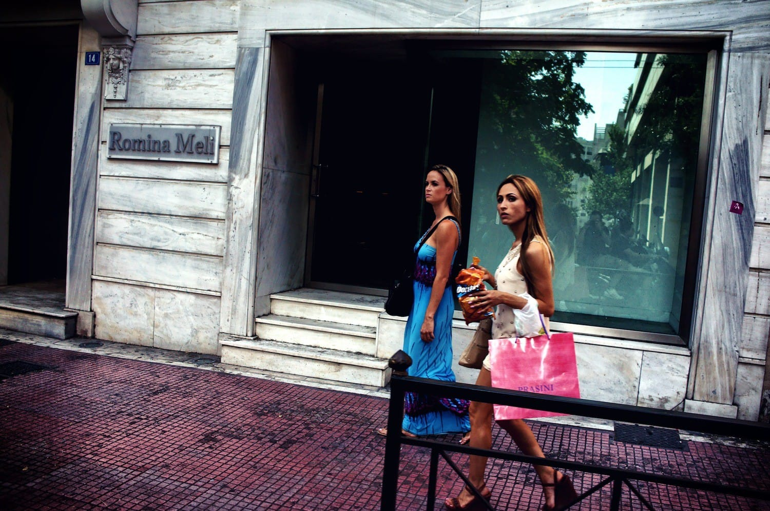 shopping-in-athens