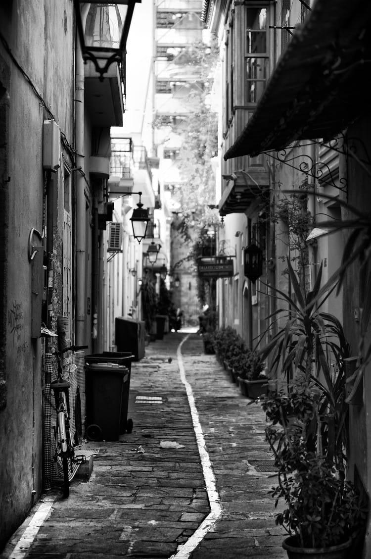 tha-back-alley-bw