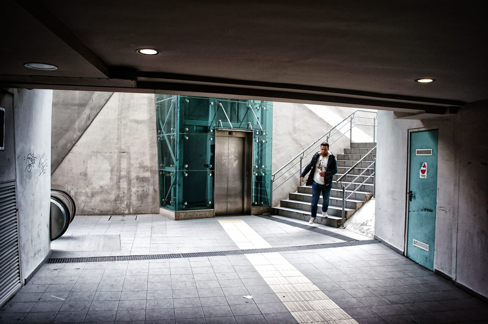 Perissos train station