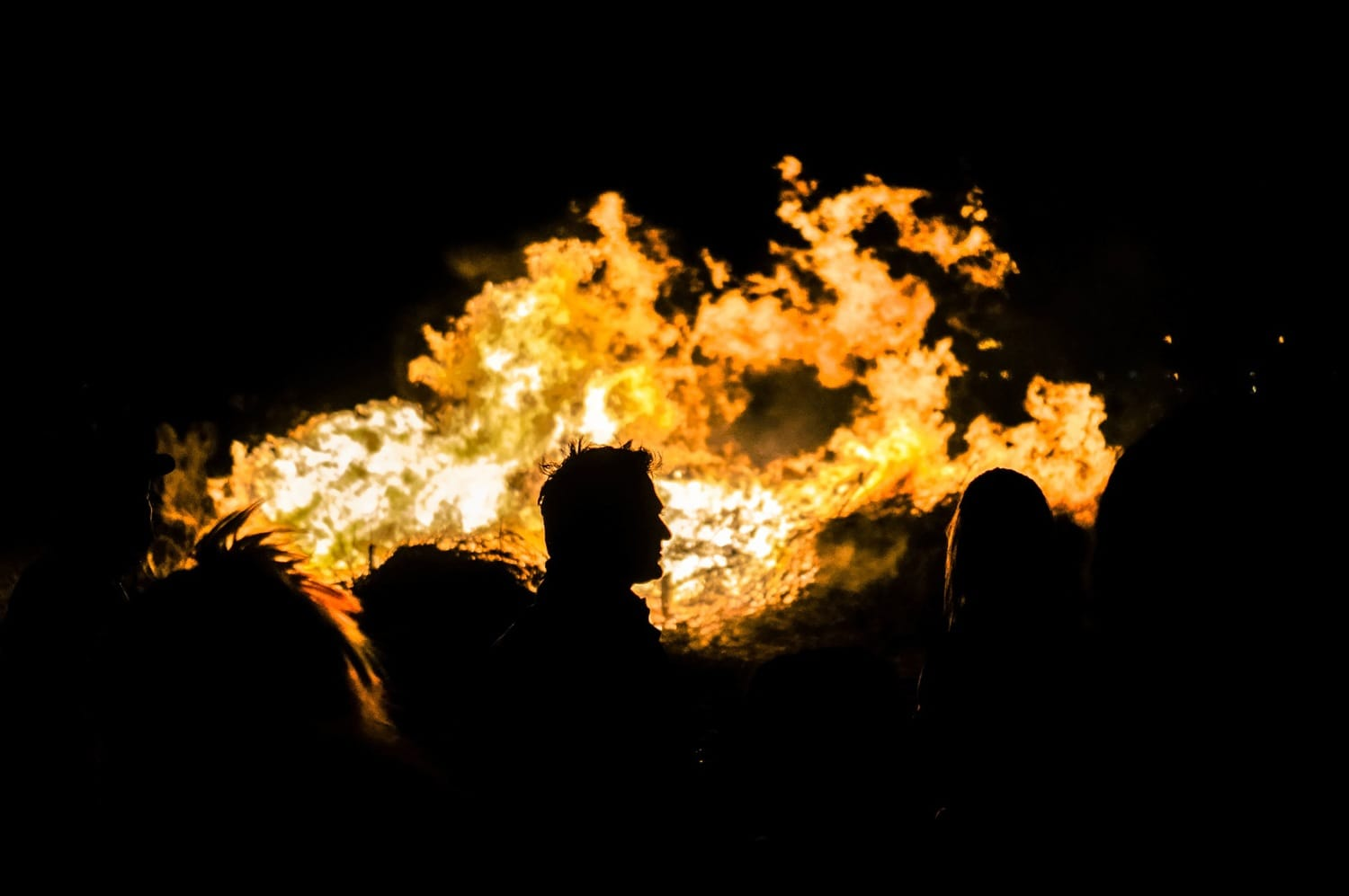 night the burning of the carnival king