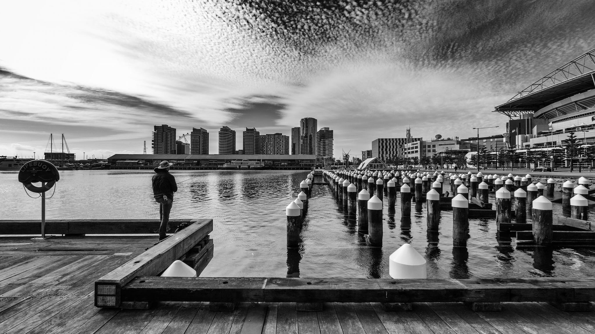 6 Tips For Shooting Ultra Wide Angle Street Photography