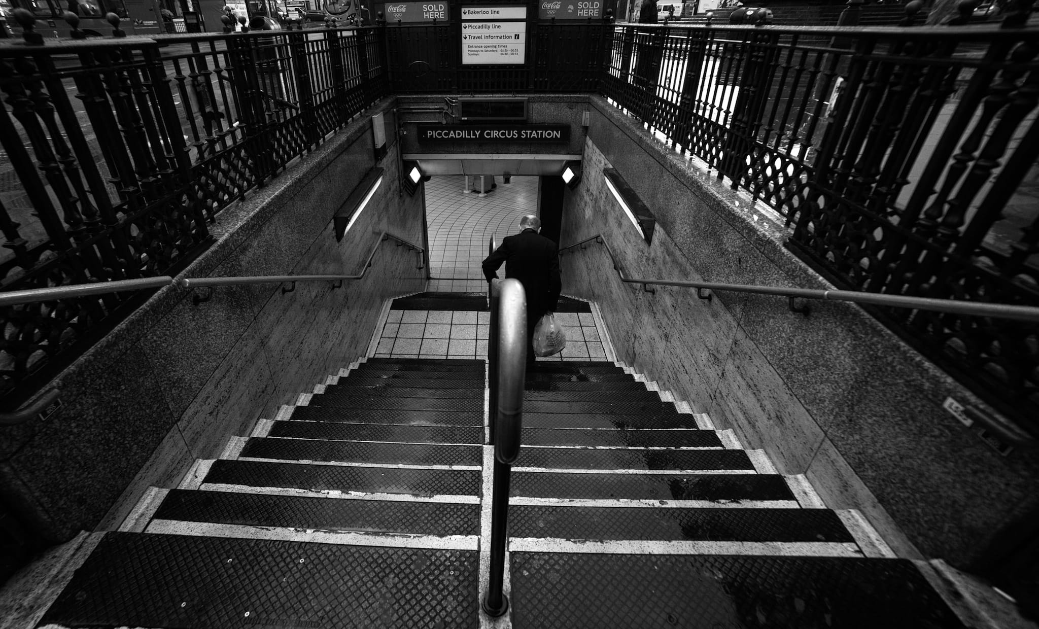 """""""Piccadily station"""" by Yiannis Yiasaris"""
