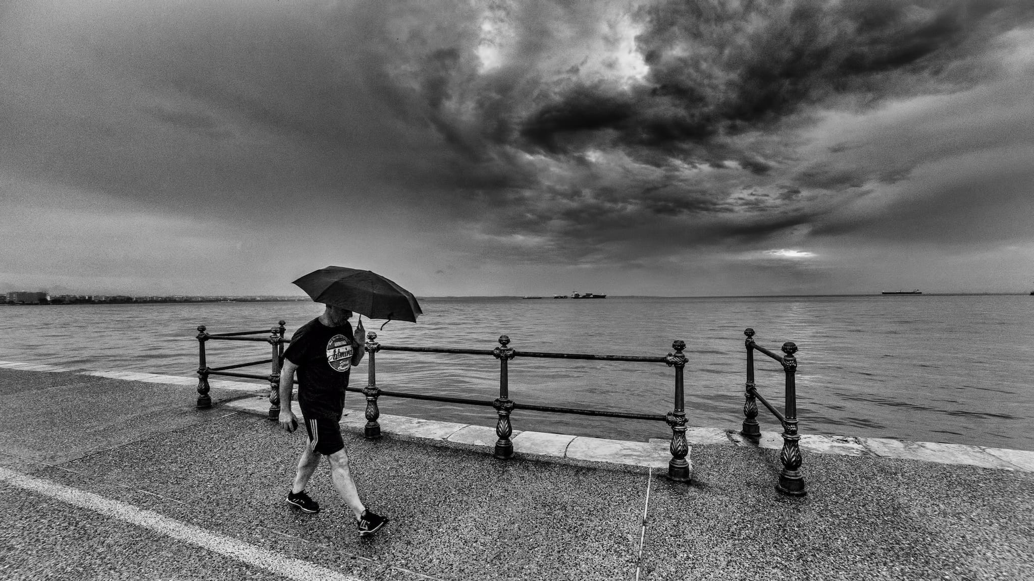 """""""Stormy weather"""" by Yiannis Yiasaris"""