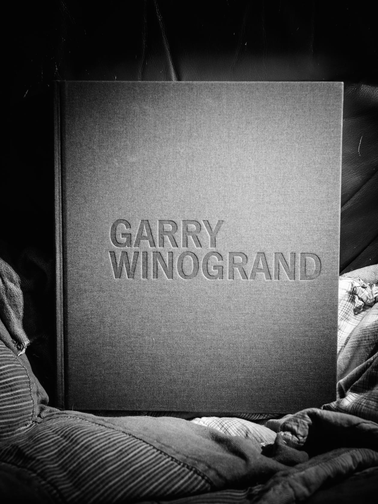 "Cover of the book ""Garry WInogrand"""