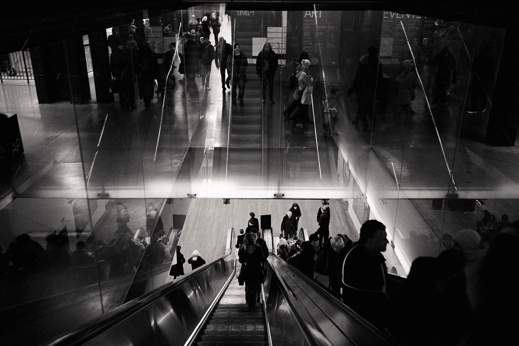 7 Tips for Reluctant Street Photographer 11