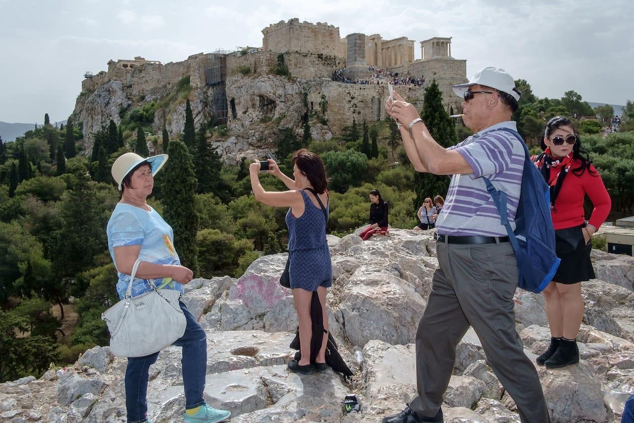 Acropolis vs the tourists